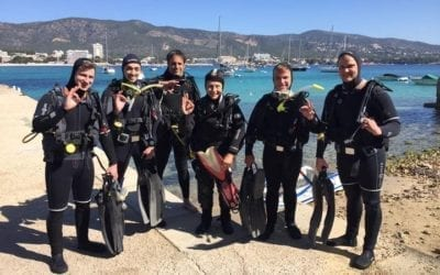 Grossartige Open Water Diver Kurse über Ostern 2021